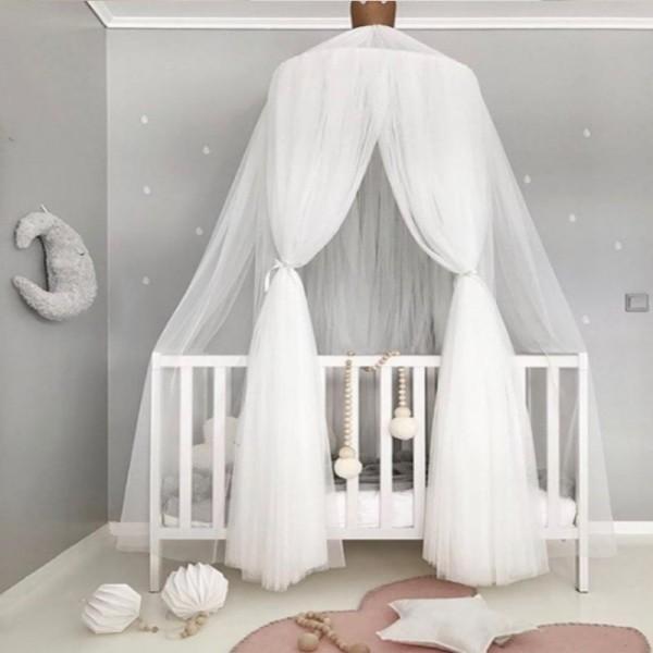 Kinderzimmer Baldachin