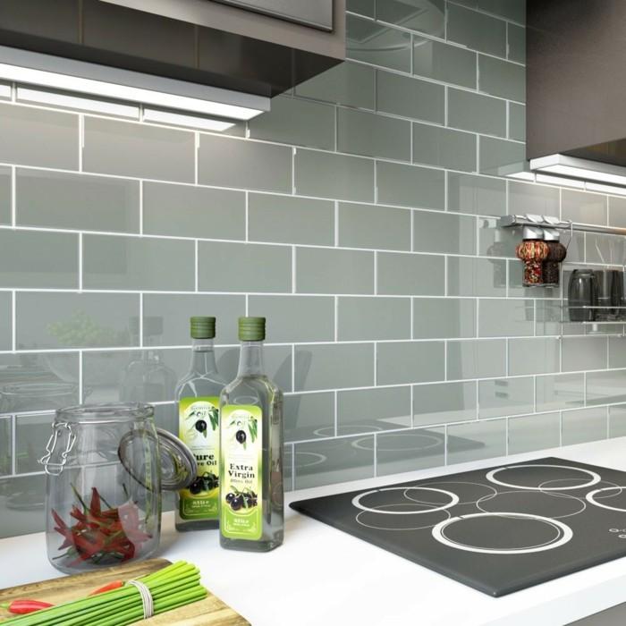 Graue Fliesen Küche Wand