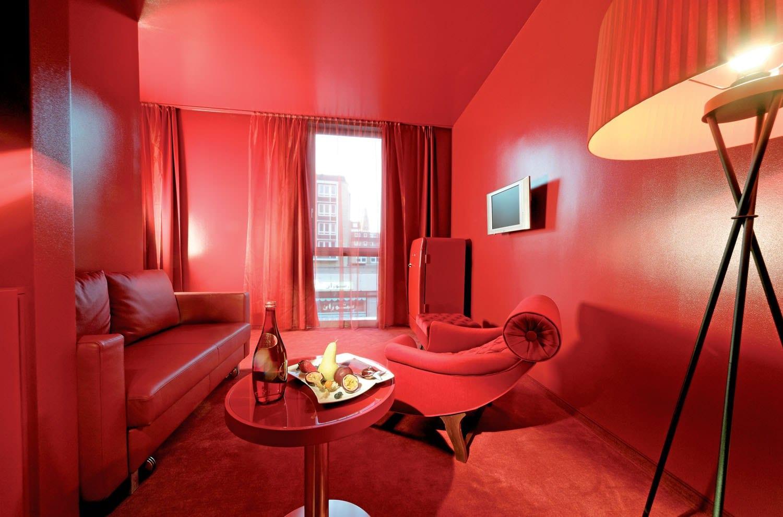 Farbgestaltung Wohnzimmer Rot Dr Richter Wird 39s Schon Richten