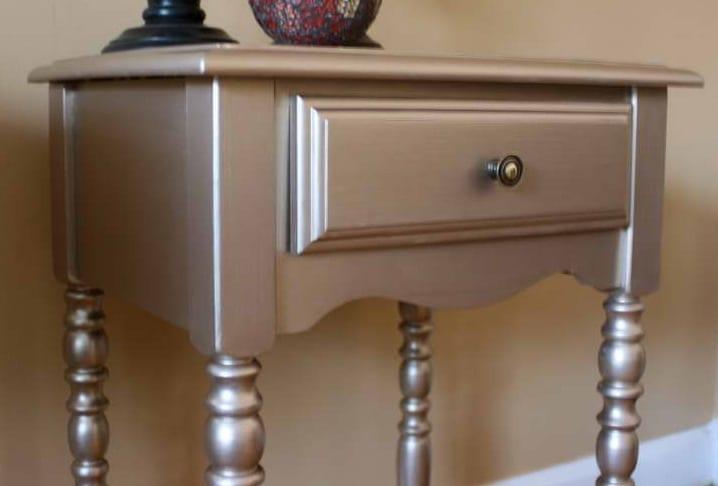 Interessante Möbel-Streichen-Ideen - fresHouse - wohnzimmer silber streichen