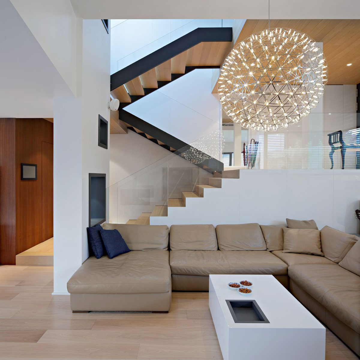 Moderne Holzdecke Sofa Lighting Stairs A 43a House In Zagreb Croatia By
