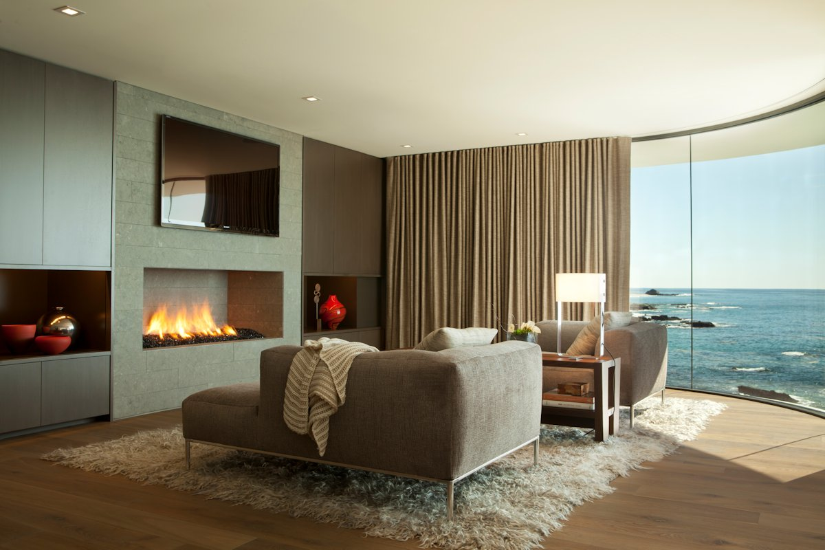 Curved Tv Wohnzimmer Modern Fireplace Rug Sofa Curved Window Beach House In