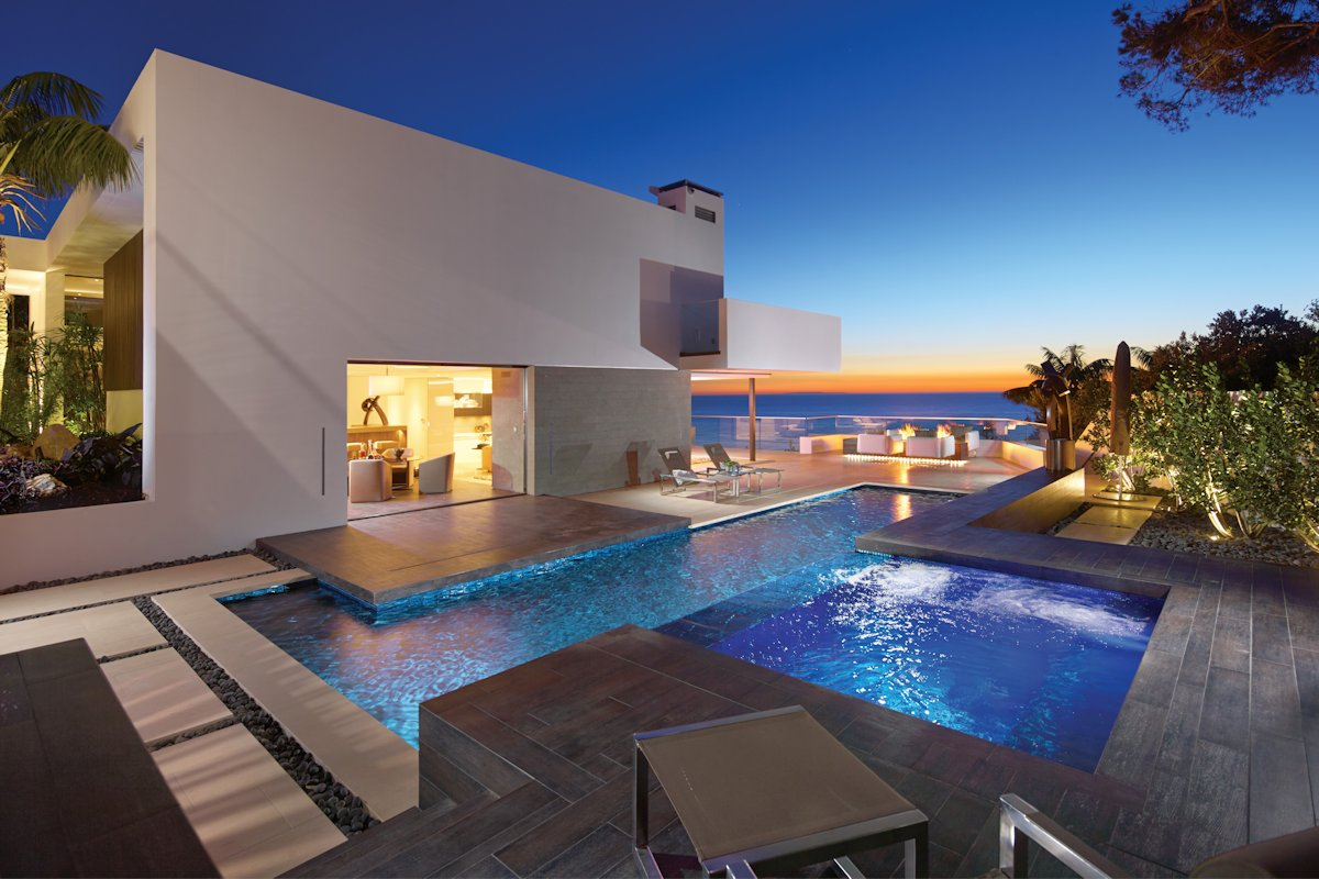Swimming Pool Stuttgart Exquisite Beach House In Laguna Beach, California
