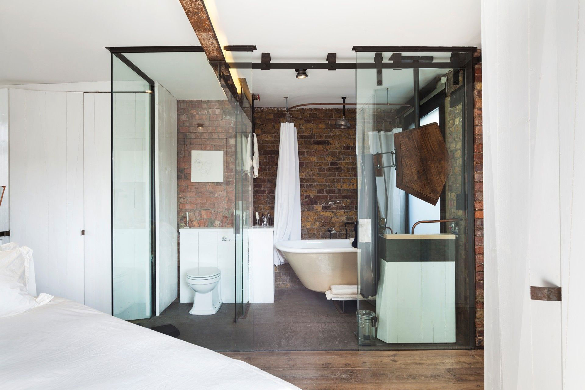 Badezimmer Industrial Bathroom Glass Walls Archer Street Apartment In London England
