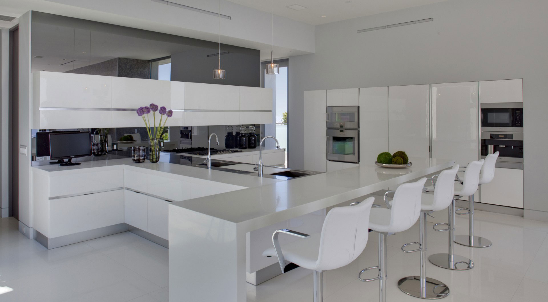 White Kitchen Breakfast Bar White Kitchen Breakfast Bar Stools Tanager Residence In
