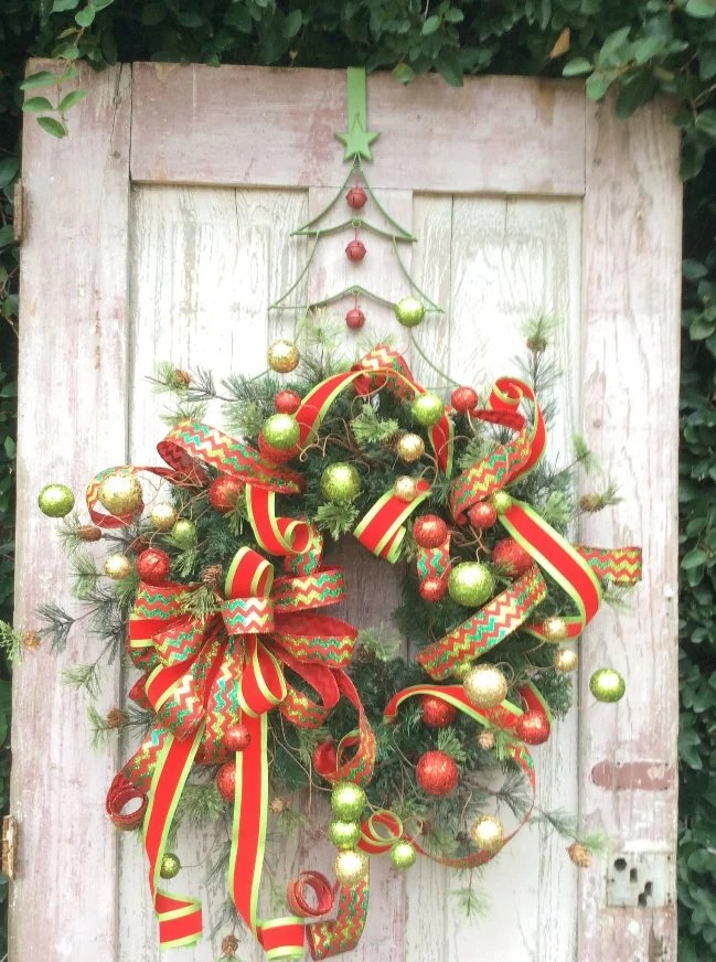 21 Artificial Christmas Wreath Ideas for Stunning Front Door - christmas wreath decorations