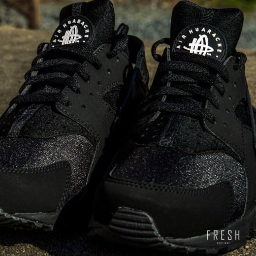 Nike Air Huarache Black 2