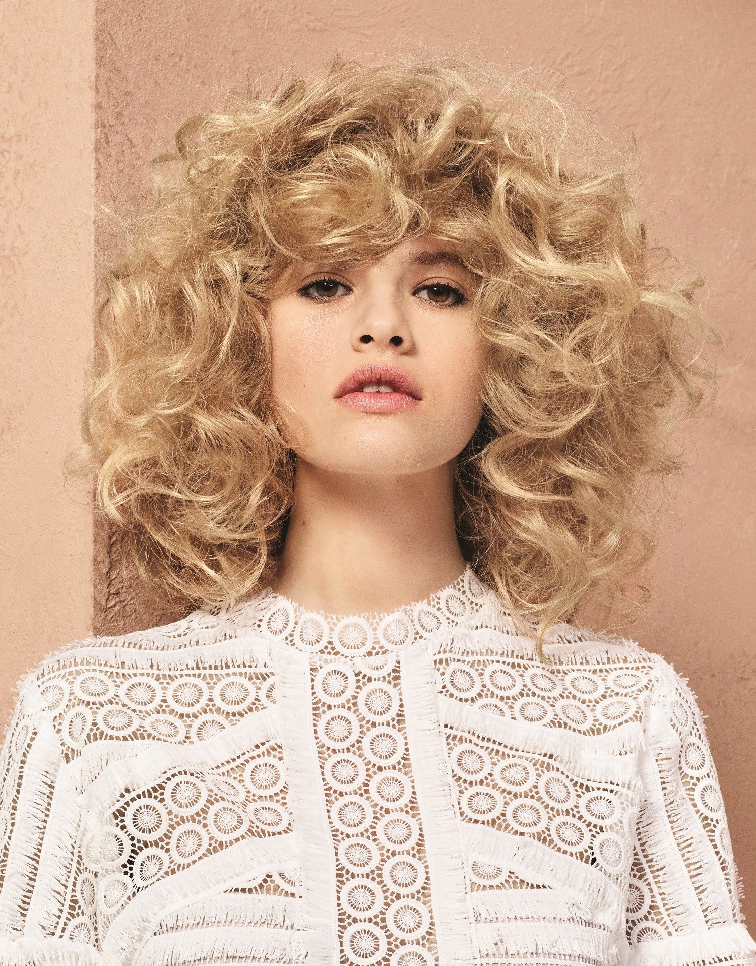 Frisur Blond Loreal Wuschelkopf Locken Frisur Blond Frisuren Magazin