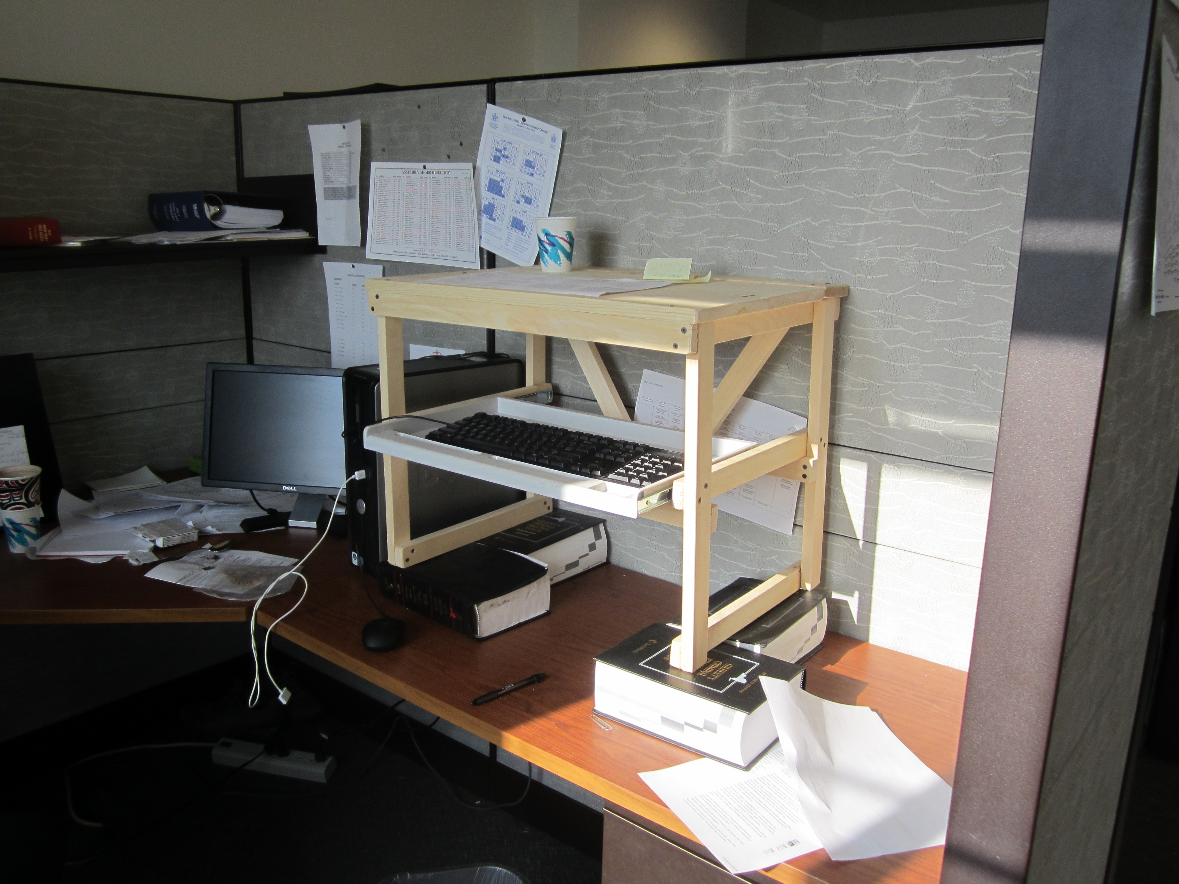 Diy Desktop Standing Desk Woodwork Diy Stand Up Desk Plans Pdf Plans