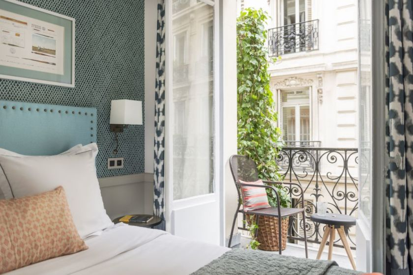 Two new stylish hotels in Paris