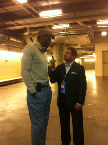 Marc Stein (R) with Amar'e Stoudemire (CREDIT?)