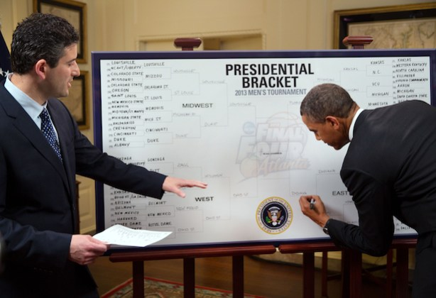 ESPN's Andy Katz with President Barack Obama (Official White House Photo by Pete Souza)