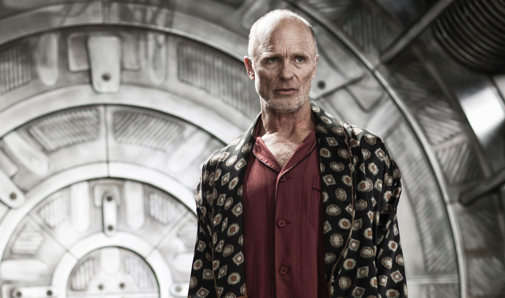 Frozen Quotes Wallpaper Ed Harris Engineers A Mysterious Leader In Snowpiercer