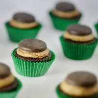 Thin Mint Cupcakes with Thin Mint Frosting and Thin Mint Truffle Filling