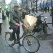 Ross Bonetti Velib Biking in Paris