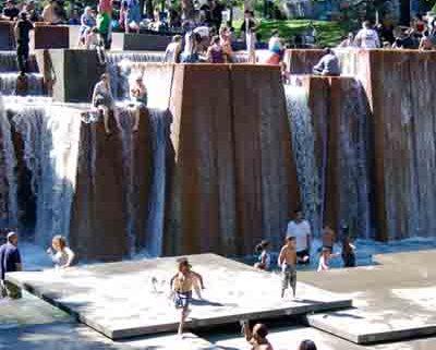 Forecourt Fountain - Portland, Oregon