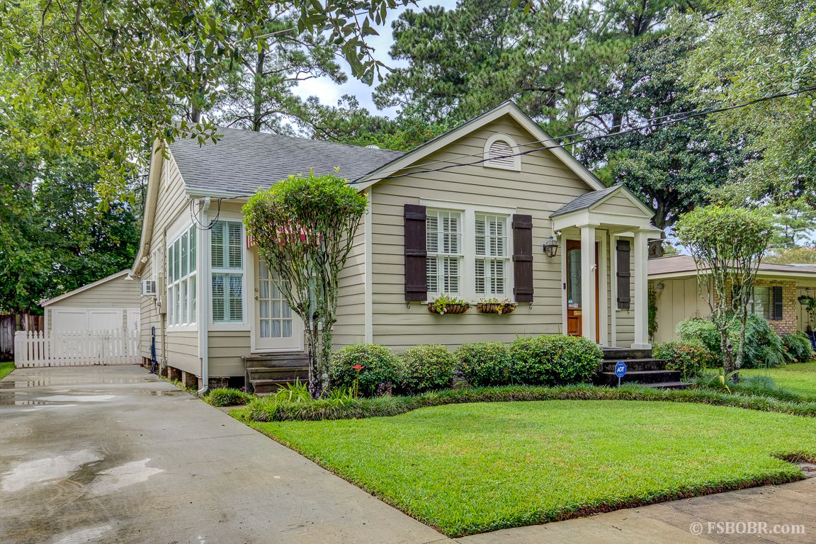 Garage Sale Zeeland Adorable Cottage In The Highly Desirable Mid City Garden District