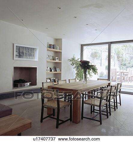 Image - tissé, web-seated, chaises, et, simple, table bois, dans