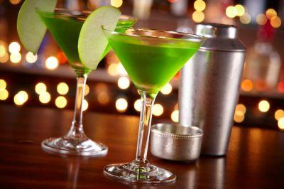 Apple Martinis: 3 Delicious Recipes to Explore