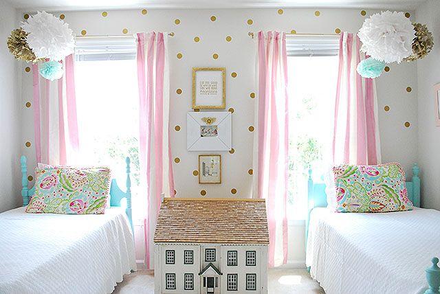 Teenage Girl Room White And Gold Polka Dot Wallpaper 21 Dream Bedroom Ideas For Girls