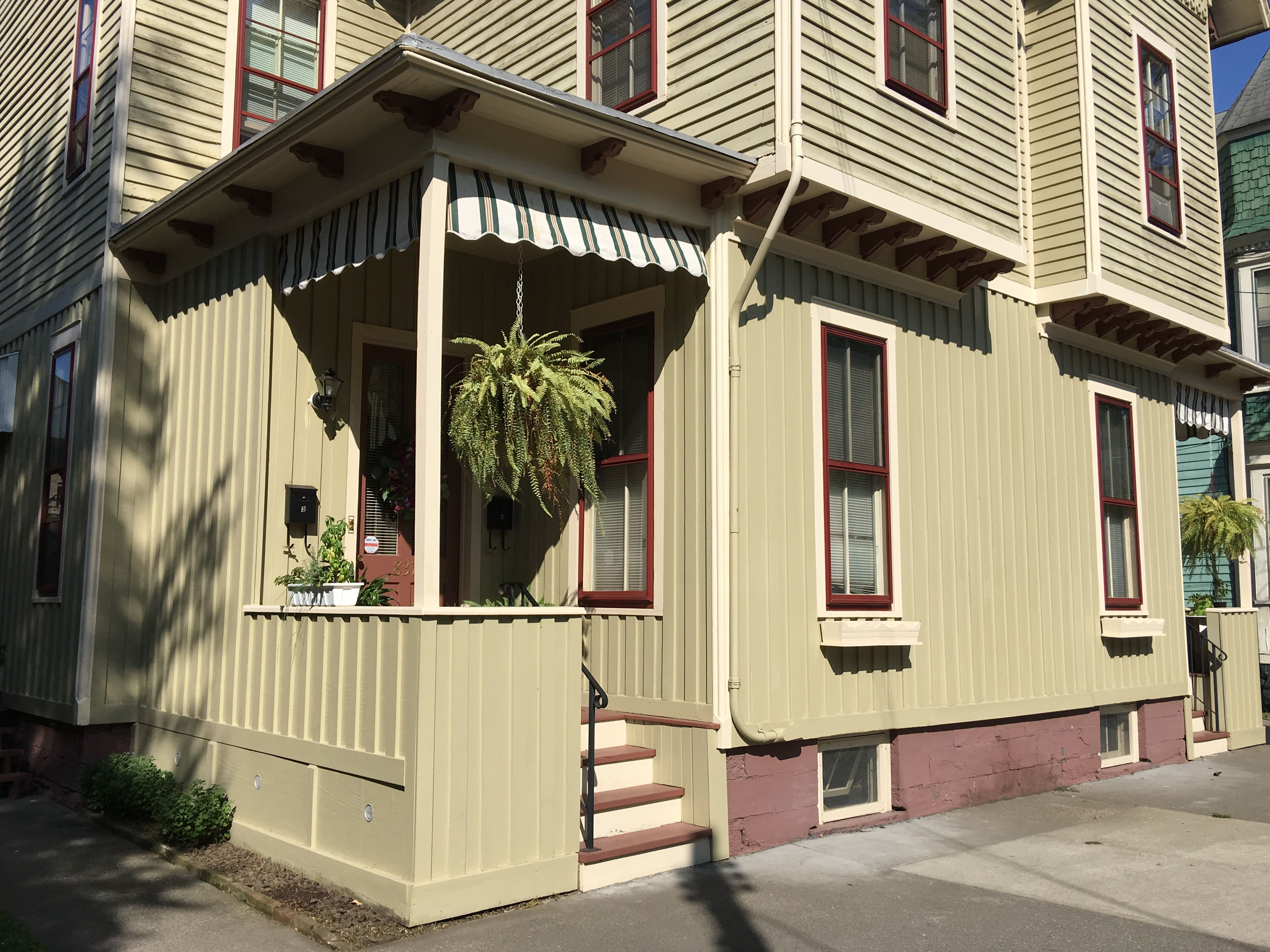Fashionable It Was During Victorian Era As A Pragmatic Method Batten Everything You Need To Know Addingarchitectural Detail To Carpenter Gothic Board houzz-02 Board And Batten Exterior