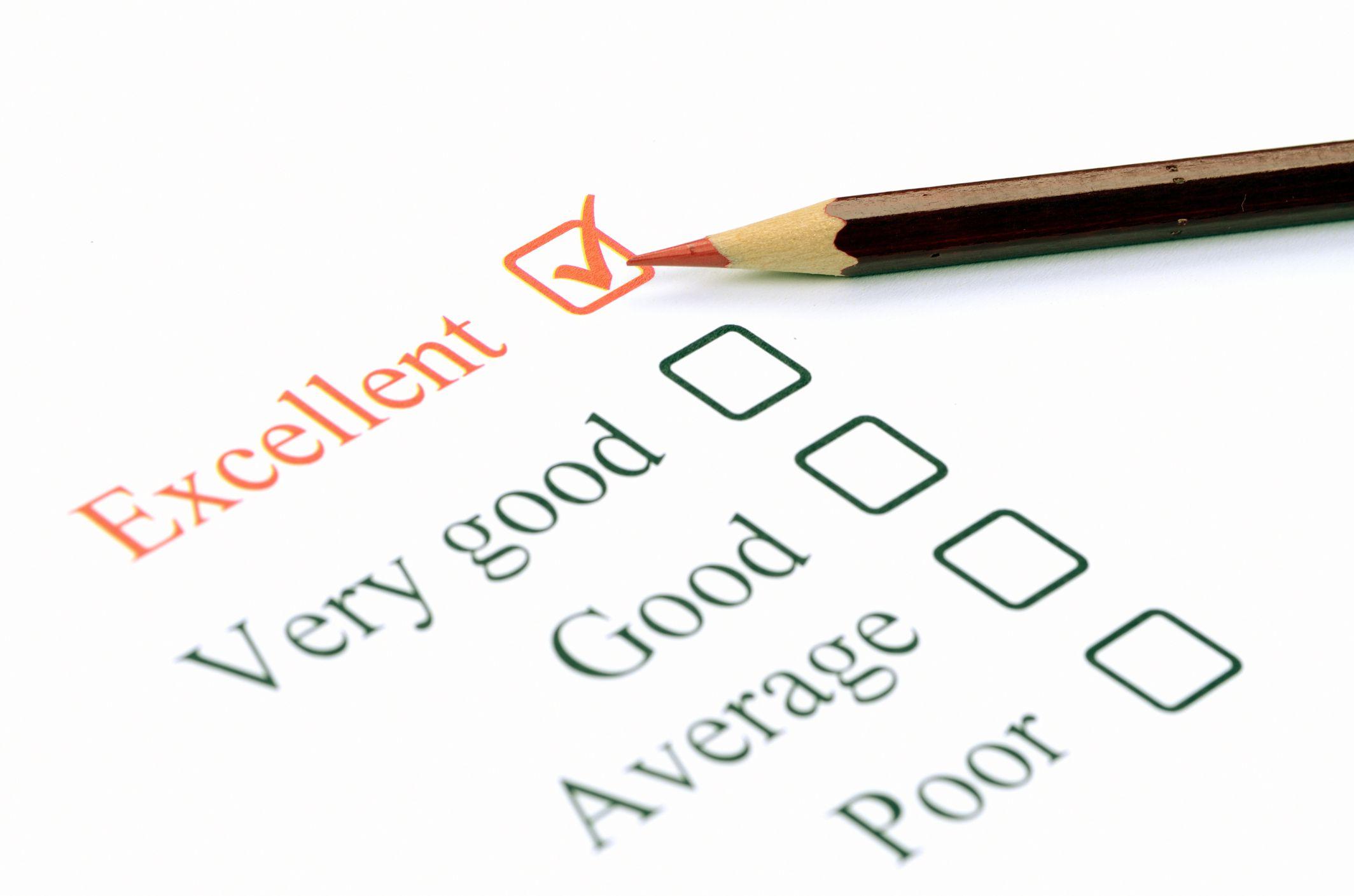 evaluate essay example