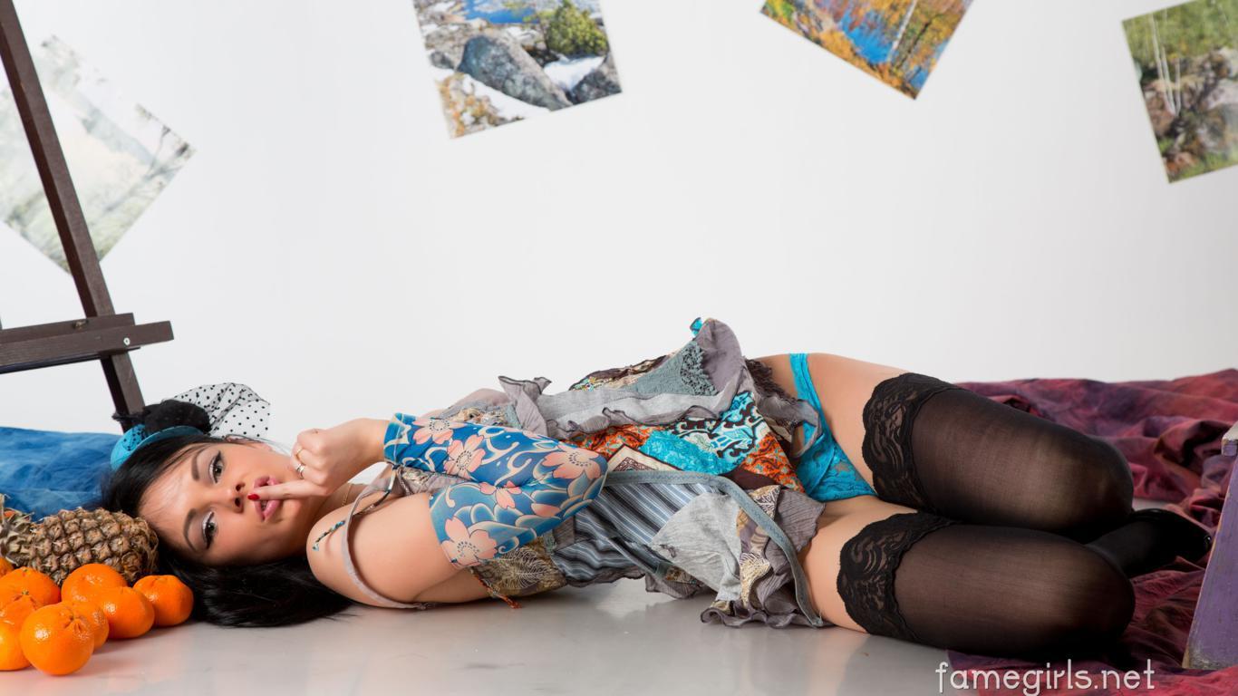Beautiful Girl Wallpaper Brunette Download Photo 1366x768 Katie Brunette Sexy Girl Adult