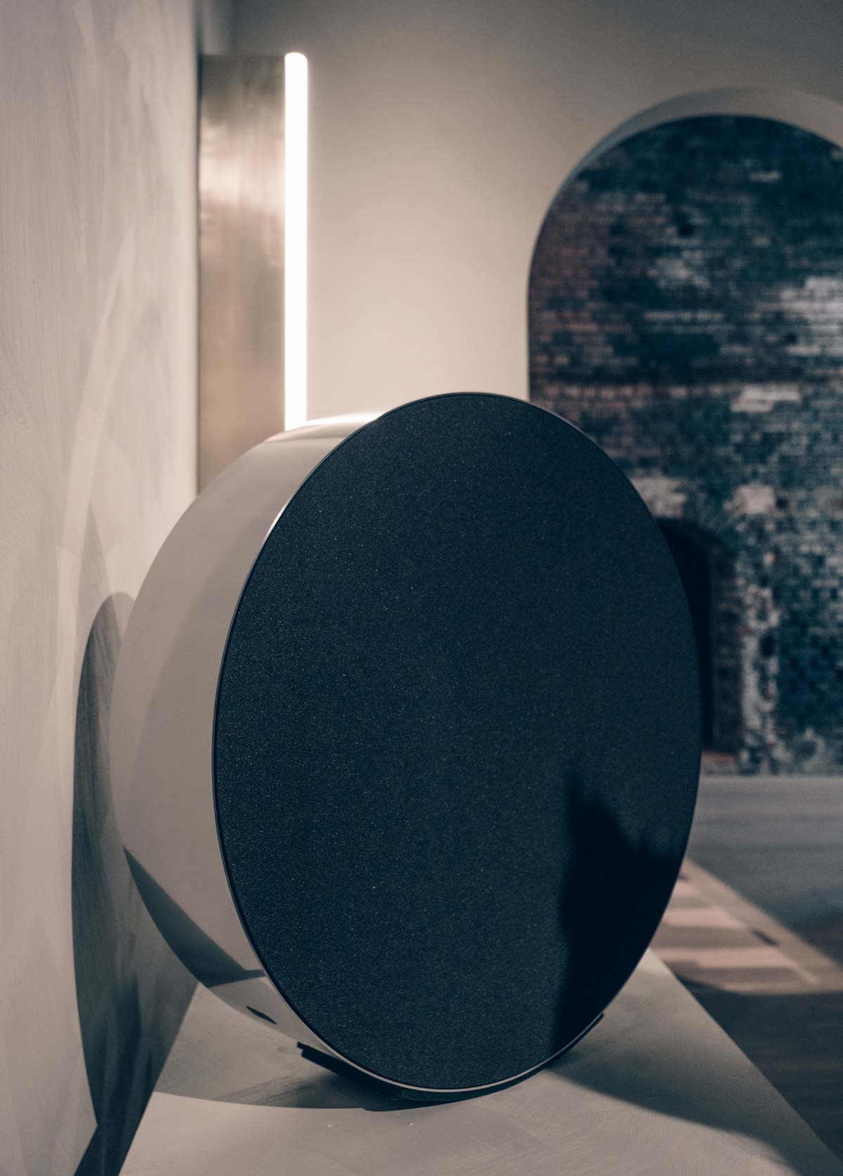 Bang And Olufsen Paris Inside The Pure Sound Of Bang Olufsen Beosound Edge Speaker
