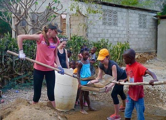 High school freshmen reflect on Global Builders trip to Haiti