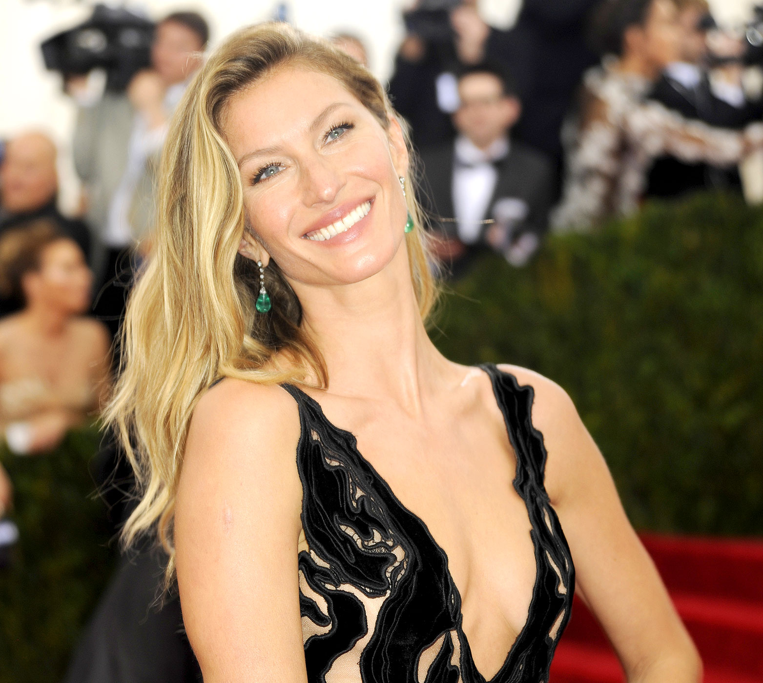 Hd Wallpaper Cars 2015 Gisele Bundchen Images Hd Full Hd Pictures