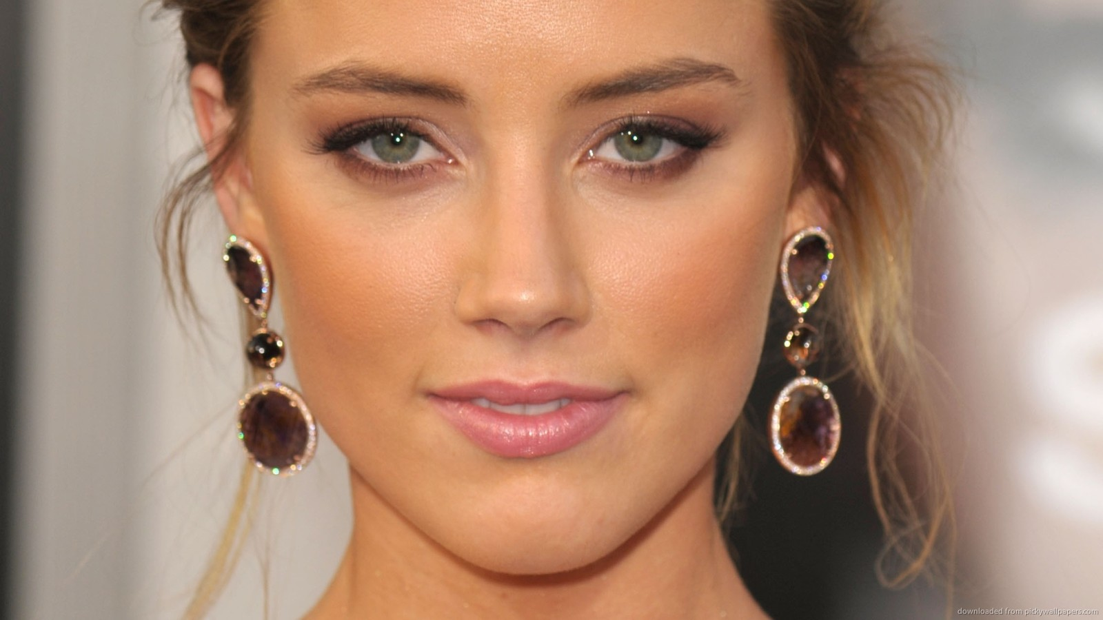 Apple Iphone X Wallpaper Hd Amber Heard Face Photos Full Hd Pictures