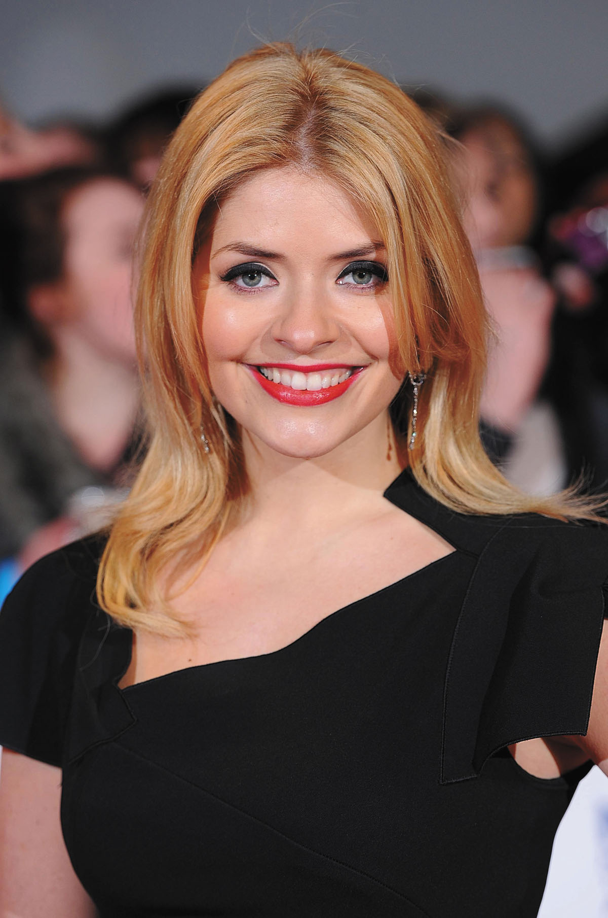 Ultra Hd 4k Wallpapers For Iphone Holly Willoughby Picture Full Hd Pictures