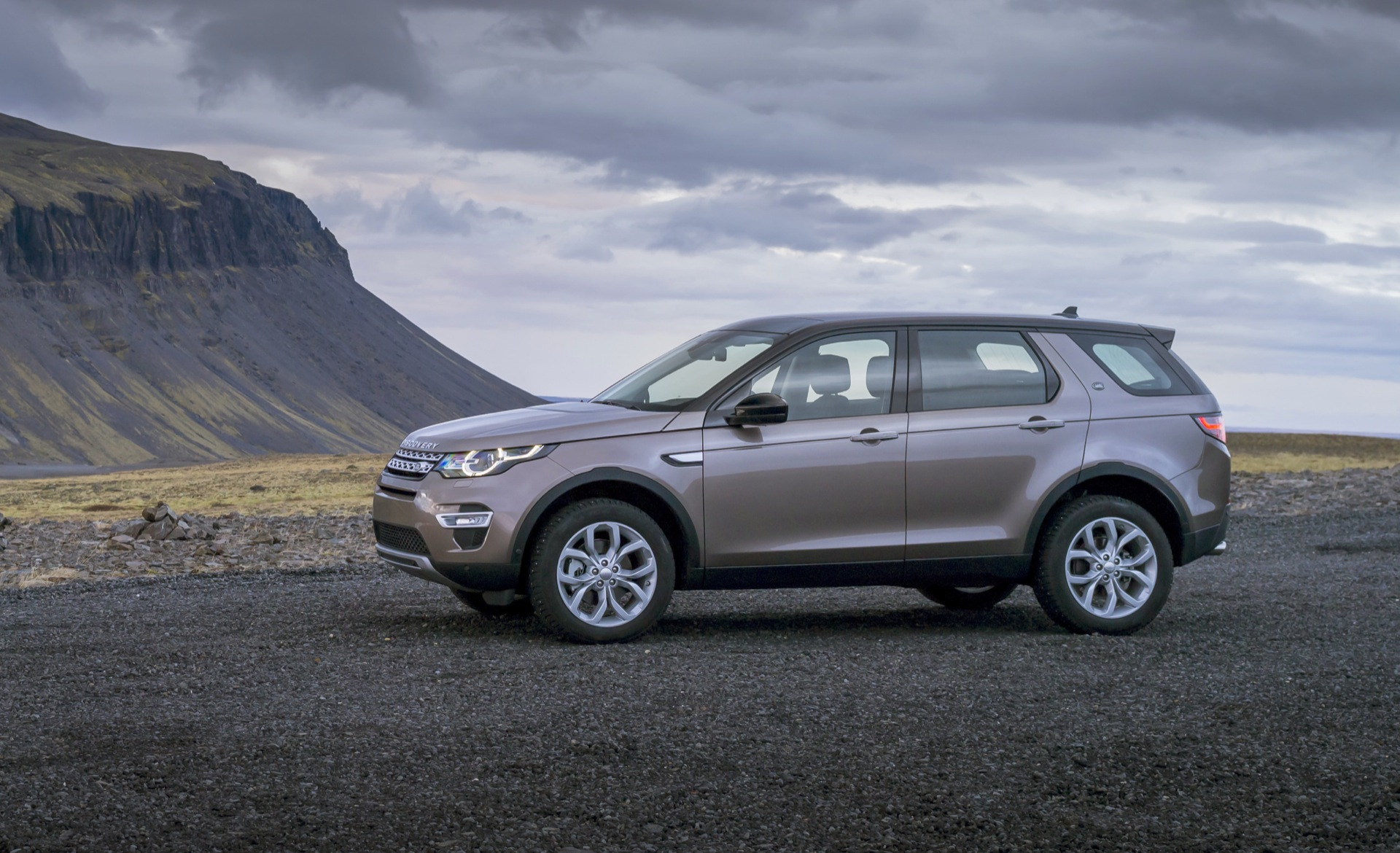 Super Cars Wallpapers Hd Download Super Land Rover Discovery Sport Wallpaper Full Hd Pictures