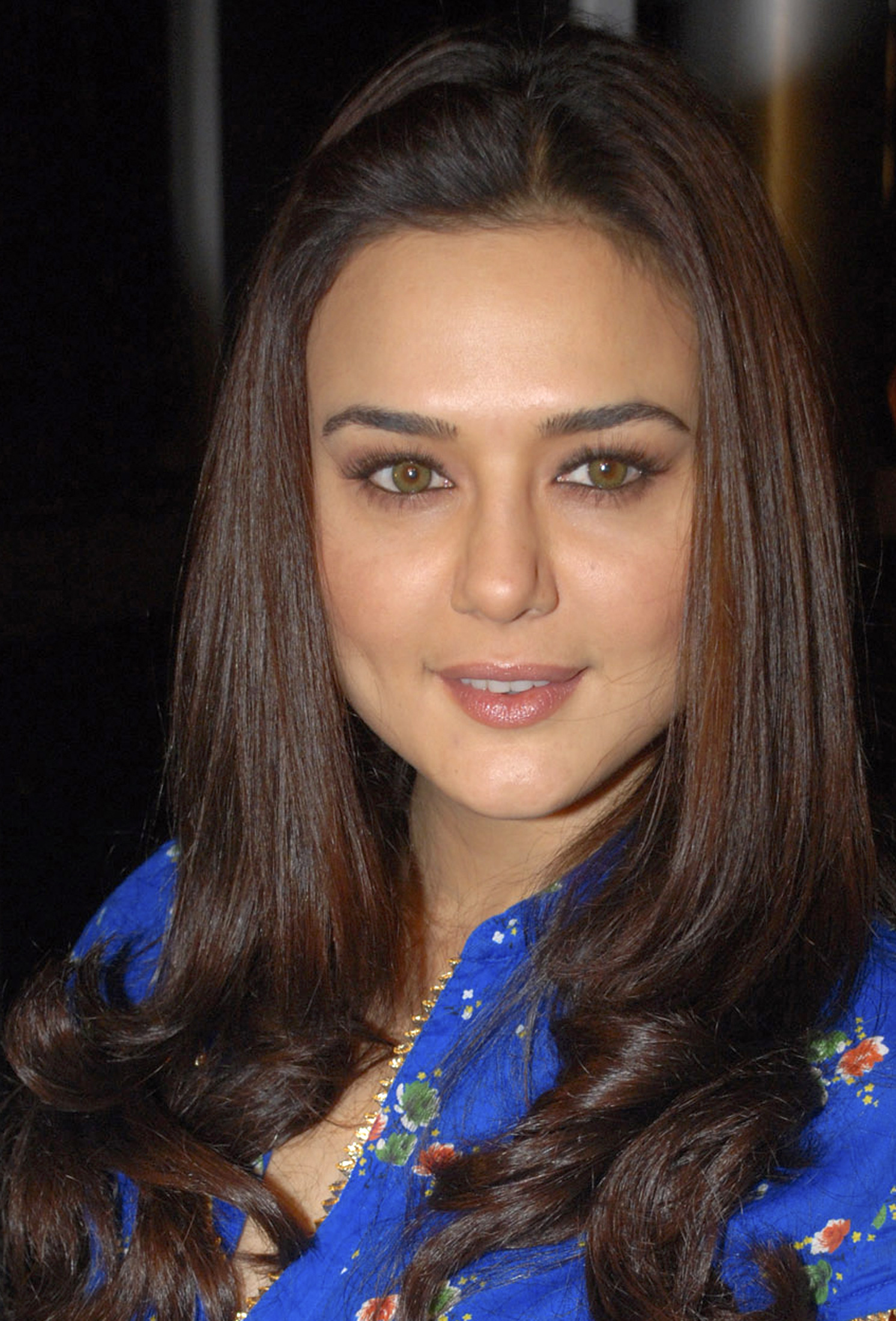 Animals Wallpapers For Mobile Free Download Preity Zinta Images Hd Full Hd Pictures