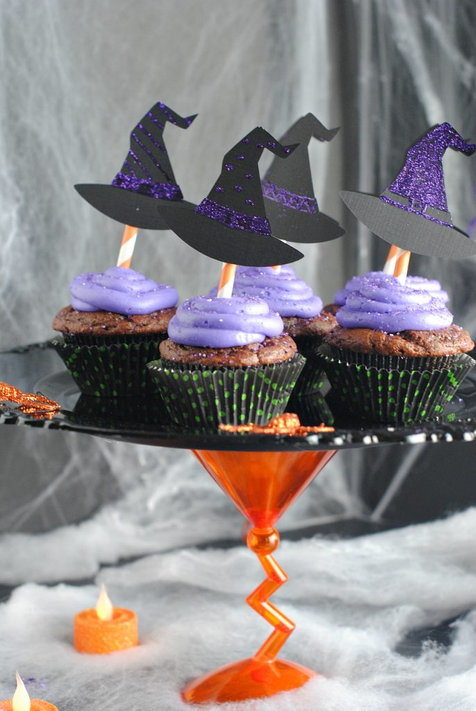 How to Host an Amazing Witch\u0027s Night Out Halloween Party