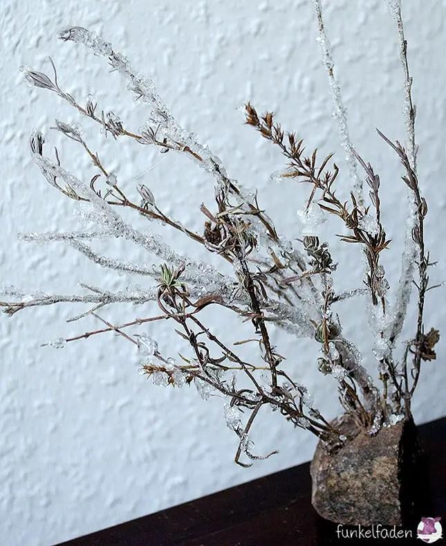 DIY - Winterdeko - Äste mit Kristallen