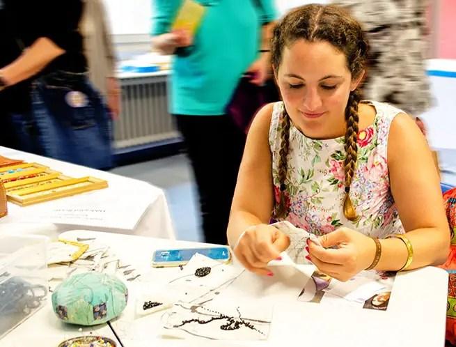 Workshop Posamentenstickerei auf der Textile Art Berlin
