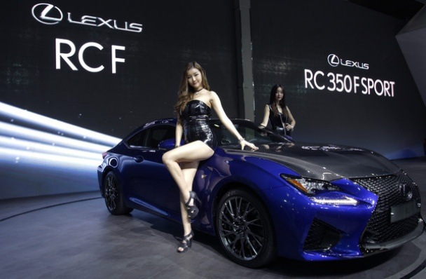 Mazda Race Car Wallpaper The Most Beautiful Girls In The Seoul Motor Show 2015