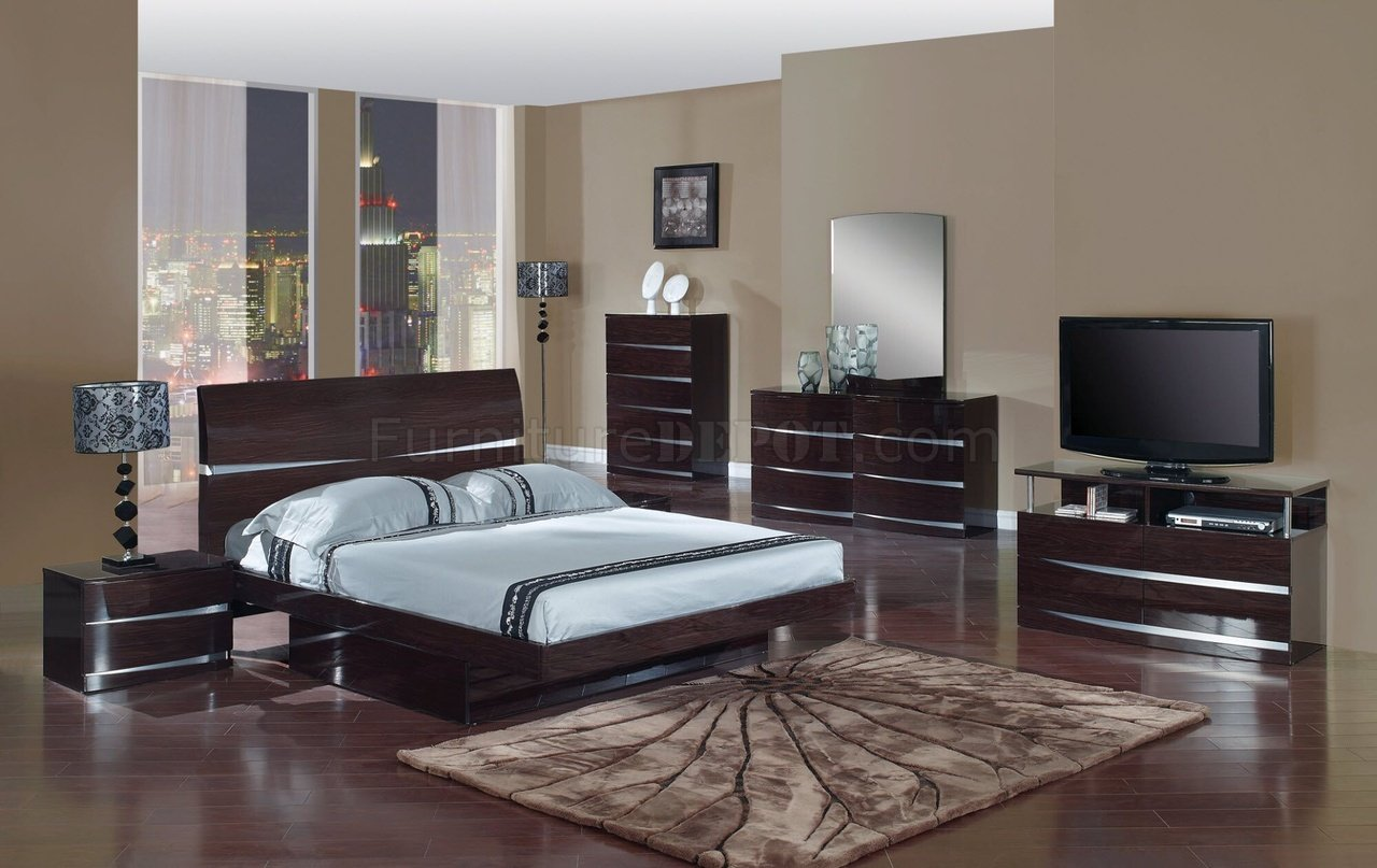 Stylish Furniture Aurora Bedroom Set In Wenge Finish By Global Furniture