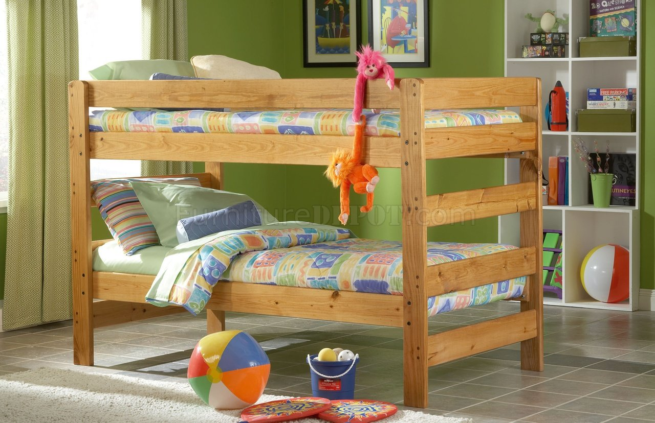 Honey Pine Finish Casual Country Kids Twin Bunk Bed