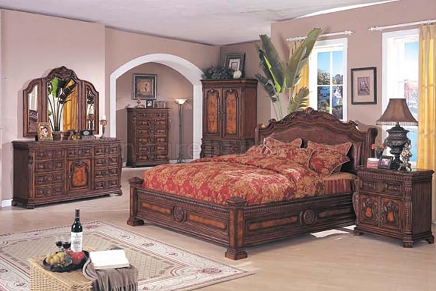 Chaises Wooden Brown Solid Wood Finish Traditional Bedroom Set