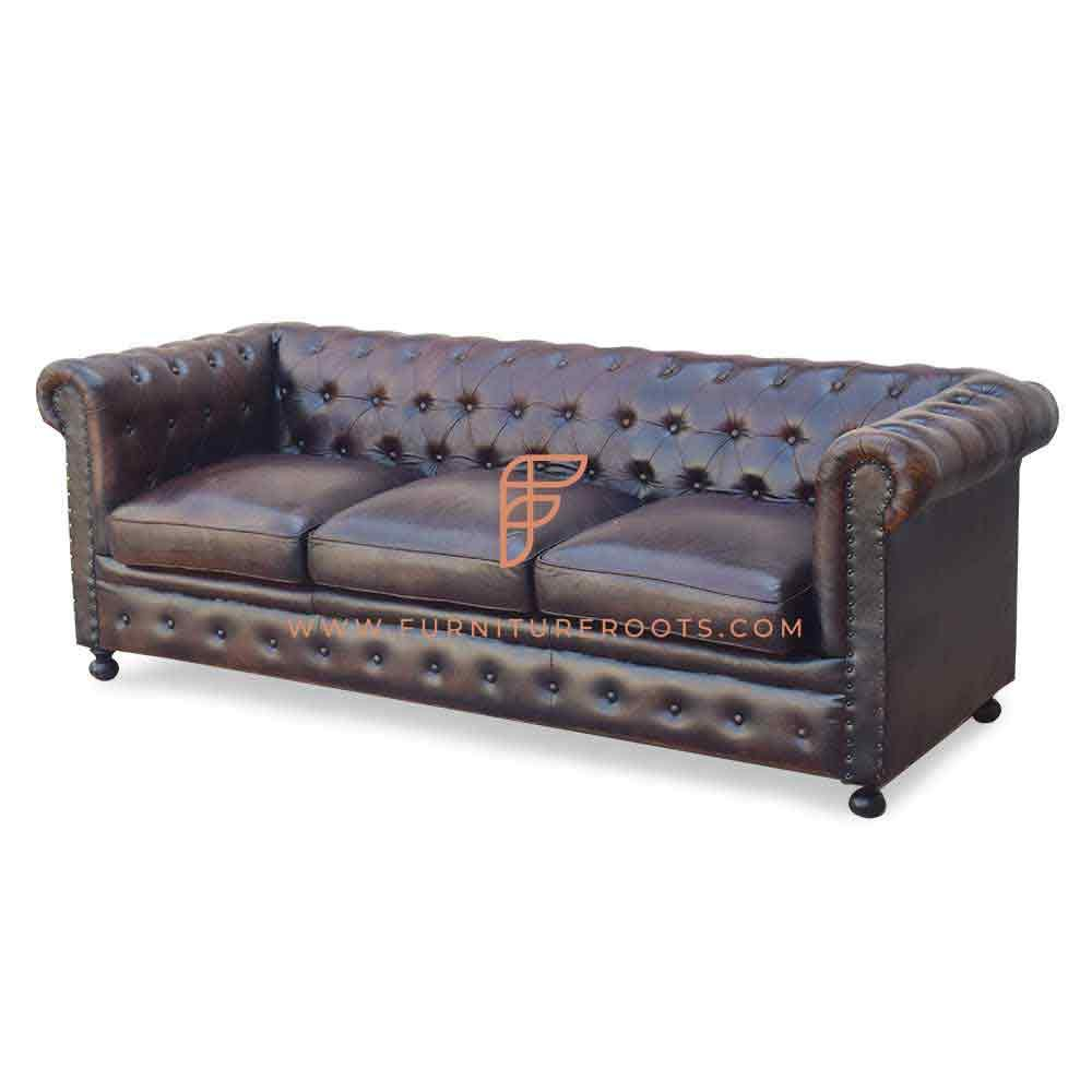 Buy Fr Sofas Series 3 Seater Tufted Back Chesterfield Sofa In Aged Distressed Leather Online Leather Chesterfield Sofas Hotel And Restaurant Sofas Couches Commercial Furniture Furnitureroots Product