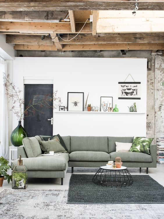 Groen Okergeel Interieur Inspiration Wednesday: Gekleurde Banken | Furnlovers.nl