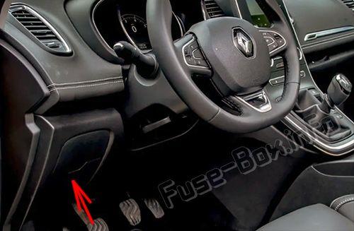 Renault Scenic IV (2017-2019-) \u003c Fuse Box diagram