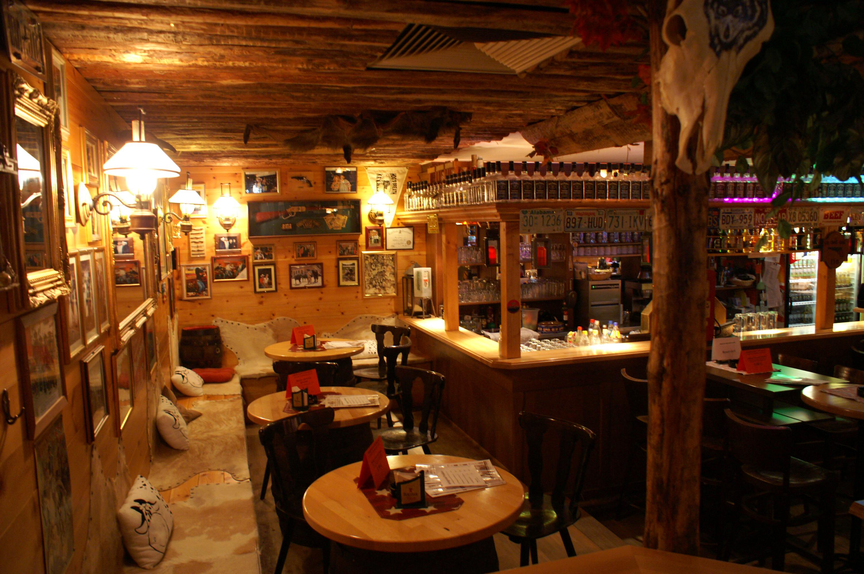 Zimmer Küche Bad Bar Heidelberg Image Description