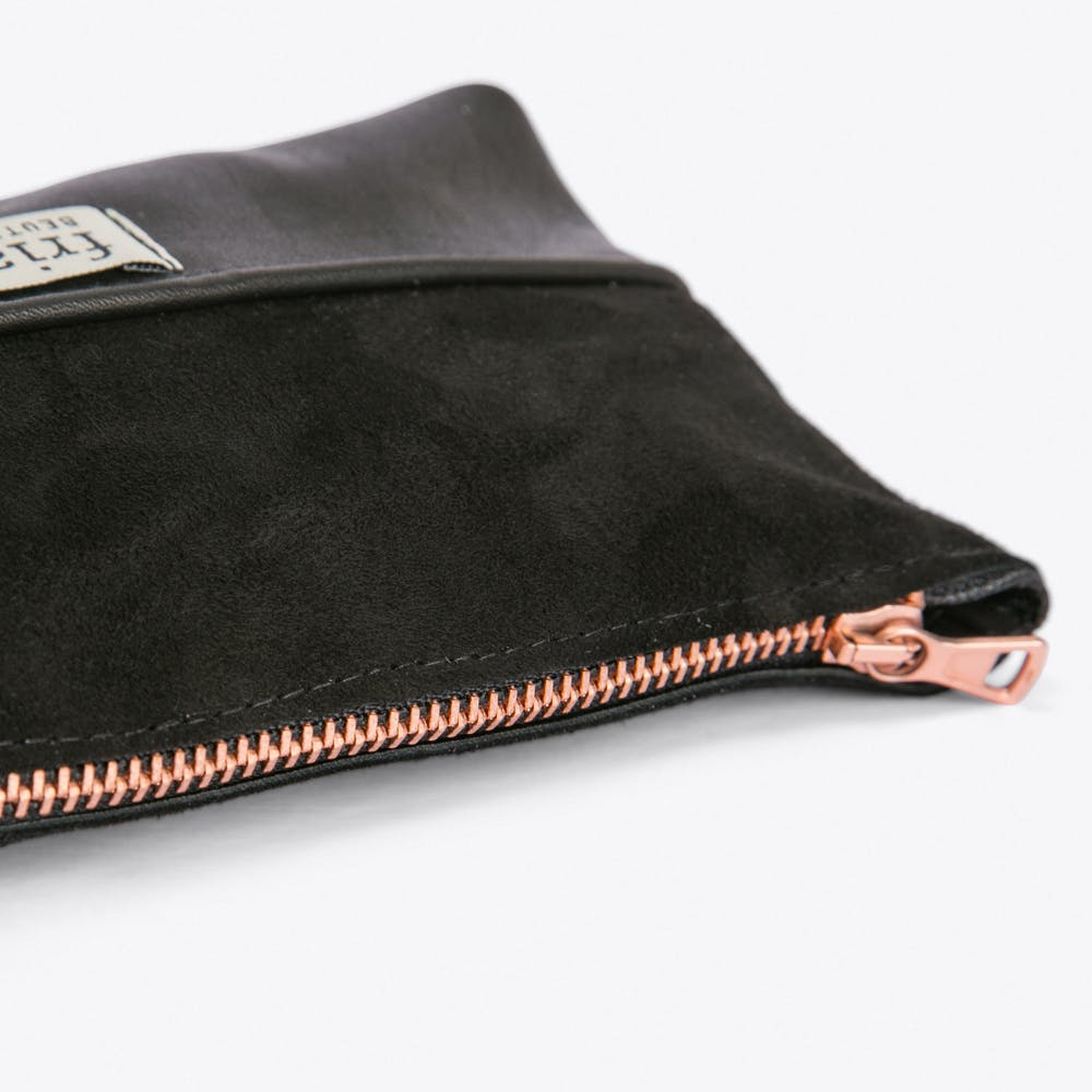 Zipper Beutel Long Make Up Bag In Black