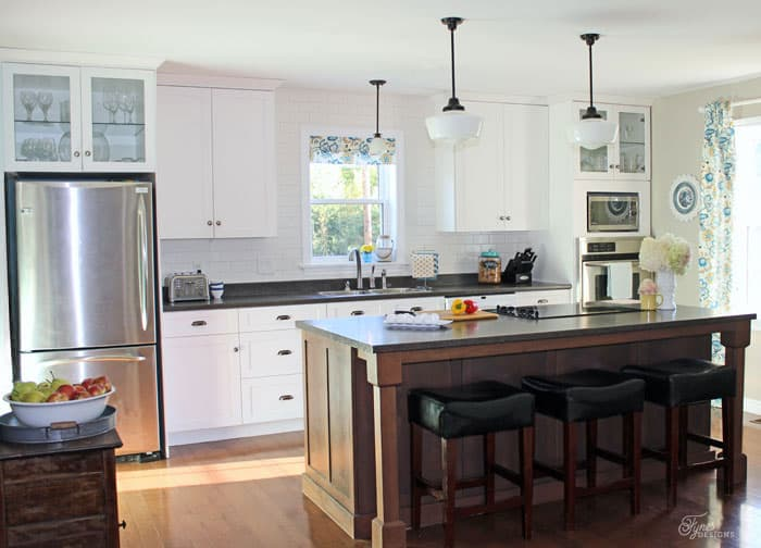 modern farmhouse kitchen ideas fynes designs fynes designs stylish table eat small kitchen ideas decoholic