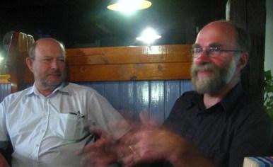 Skolans grundare, Pio Hjelt och Uffe Cederqvist. Ansvariga fyrverkare, designar, undervisar. Experter på allt.