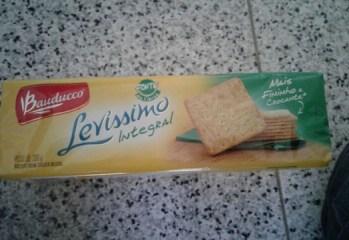 Biscoito Cream Cracker Integral Levíssimo Bauducco frente