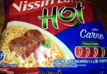 Macarrão Instantâneo Hot Sabor Carne Nissin Lámen